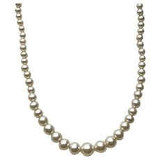 Simulated Pearl Graduated Single Necklace