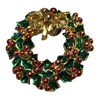 Gold Tone Enameled Christmas Wreath Brooch