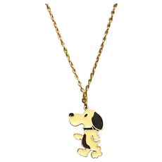 Gold Tone Enameled Charlie Brown Snoppy Dog Pendant Necklace NOS