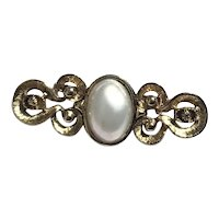 Costume Gold Tone Faux Pearl Brooch
