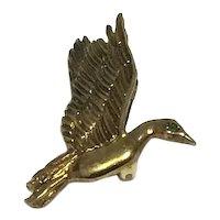 Gold Tone Bird In Flight Pendant Brooch