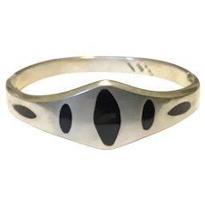 Mexican Taxco 950 Silver Onyx Inlaid Hinged Bracelet