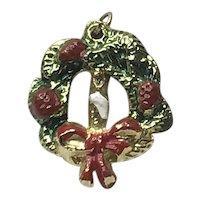 Gold Tone Christmas Wreath Pendant