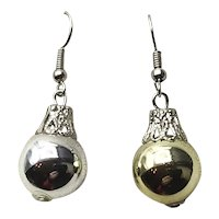 Silver Tone Christmas Silver Ball Earrings