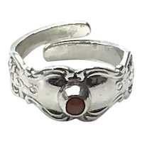 Towle Sterling Silver Ruby Red Stone Adjustable Ring Size 4 1/4