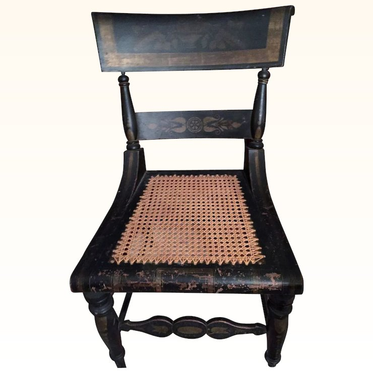 Attirant A PR Of Original Antique Hitchcock Chair W.Stenciling Early 1800u0027s!
