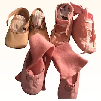 Vintage Baby shoes Gorgeous Pink Shoes and socks Circa 1930!