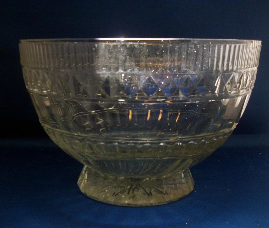 Antique 18th Century Anglo Irish Cut Crystal Glass Punch Or Fruit Classic Tradition Ruby Lane