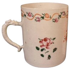 Large Antique 19th century Chinese Export Porcelain Tankard Mug in Famille Rose Palette 1790 - 1800