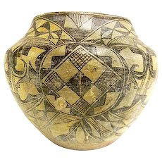 Large Antique Native American Indian 19th century Acoma Pueblo Pottery Vase or Bowl