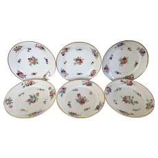 Set 6 Antique 19th century French Empire Old Paris Porcelain Dinner Plates with Hand Painted Floral Sprigs & Gilt Rim 1820