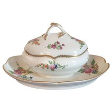 Antique 18th century French Paris Porcelain Tureen for Sauce or Sugar Decorated in the Sevres Manner with Floral Sprig