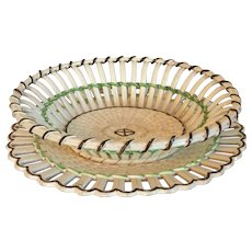 Antique Early 19th century English Regency Wedgwood Creamware Chestnut Basket Bowl & Stand or Platter with Basketweave Design 1800 - 1820