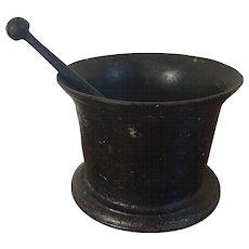 Large & Heavy 19th century American Cast Iron Pharmacy Mortar & Pestle Planter Civil War Era 1860
