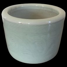 Antique 19th century Chinese Celadon Porcelain Brush Pot or Cachepot Planter