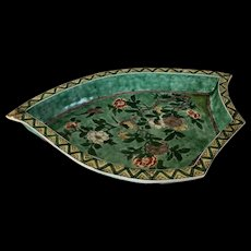 Large Antique 18th century Chinese Famille Verte Biscuit Porcelain Leaf Shape Sweet Meat or Hors d'oeuvre Dish Kangxi Period (1662-1722)