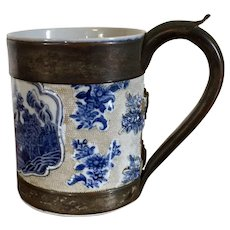 Antique 18th century Chinese Export Porcelain Blue & White Tankard Mug with Complicated & Fine Make Do Handle