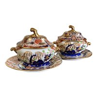 Pair Antique Early 19th century English Coalport Imari Porcelain Sauce Tureens, Associated Covers and Under Plates Rock & Tree Pattern 1805
