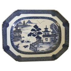 Antique 18th century Chinese Export Porcelain Blue & White Platter