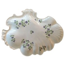 Antique Early 19th century Mason's Patent Ironstone China Rococo Shell Shape Dessert Dish in Sprig Cornflower