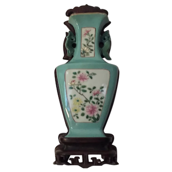 Antique 19th century Chinese Famille Rose Porcelain Wall Pocket Vase on Carved Hardwood Stand