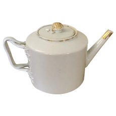 Antique 19th century Chinese Export Porcelain Teapot with Strap Handle and Berry Knop for the American Federal Market