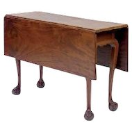 New York Chippendale Drop Leaf Dining Table in Walnut with Ball & Claw Feet c. 1780
