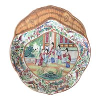 Antique 19th century Chinese Export Famille Rose Mandarin Shrimp Dish with Court Lady Scene