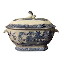 Large Antique Early 19th century English Georgian Staffordshire Pearlware Blue & White Willow Soup Tureen in the Chinese Taste