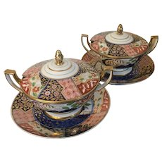 Fine Pair Early 19th century Worcester Porcelain Tureens and Stands in the Imari Rock & Tree Coalport Pattern circa 1805