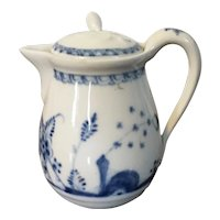 Antique 18th century Vienna Porcelain Cream Jug or Creamer and Cover in Blue & White in the Chinese Taste