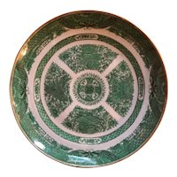 Antique Early 19th century Chinese Export Porcelain Plate in the Green Fitzhugh Pattern circa 1820