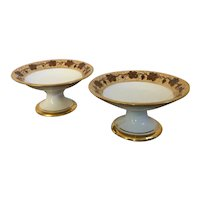 Pair Antique Early 19th century Paris Porcelain Compotes or Tazzas in the Vintage Pattern - Rufus King Service by Pochet-Deroche 1825