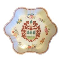 Antique 18th century Chinese Export Porcelain Small Shaped Dish or Tea Pot Stand Armorial Famille Rose