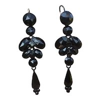 Victorian long 1800's Mourning faceted French Jet Vauxhall chandelier Earrings