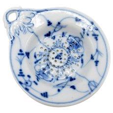 Antique Porcelain Blue Onion Imortelli Pattern, Tea Strainer