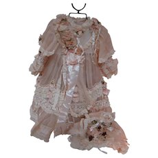 Beautiful Vintage Dress and Matching Bonnet for 19-22 Inch French Bebe