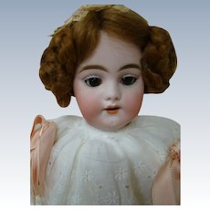 Lovely 18 In. Simon Halbig Bisque Head Mold 1039 in Antique Clothing and Shoes, Germany