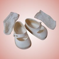 Pair of Vintage White Vinyl Shoes and Socks for a Hard Plastic Doll 1950's