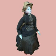 "22 In. French Poupee Peau Fashion Lady "" Portrait Face"" by Maison Jumeau, 1860's, Original Kid Fashion Body"