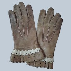 Sweet Pair of Tan Soft Kid Leather Gloves with Beige Scalloped Adornment, Snap Closure for Larger German or French Doll