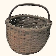 "19th Century New Jersey  12"" Out of Round Splint Basket Handle Kick Up Patina"