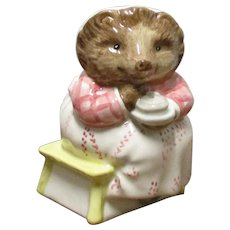 Beswick Beatrix Potter 3.5 Inch Figure Mrs Tiggy Winkle Takes Tea