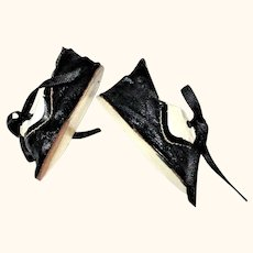 Old German 2.5 Inch Black and Ivory Oil Cloth Saddle Tie Shoes for Bisque Head Doll