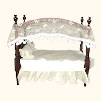 4 Poster Canopy Bed with Bedding for Small Doll