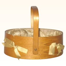 Oval Swing Handle 2 Finger Bent Wood Silk Lined Sabbath Day Sewing Basket with Accessories