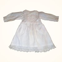 17 Inch White Ribbed Linen Edwardian Doll Dress Pockets Back Interest