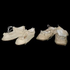2 Pair of 3 and 3/8 Inch Antique Ivory Cloth German Doll Tie Shoes