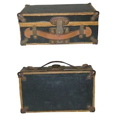 9 Inch Paper Over Wood Doll Trunk Metal Lock and Corner Covers Leather Grip