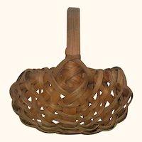 2.75 Inch 19th Century 8 Rib Splint Miniature Gathering Basket with Handle